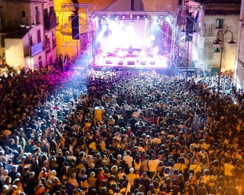 Kaulonia Tarantella Festival 2012_piazza1 (bassa)